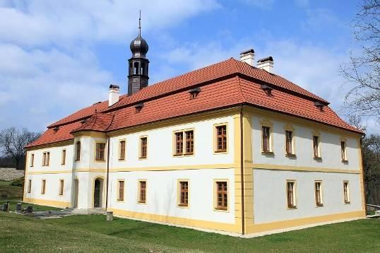 Prodej, Zámecký areál, 87 388 m2, Okres Kolín