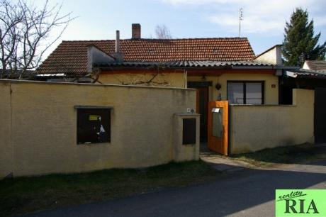 Poděbrady - Kluk, RD 2+1, garáž, kolny