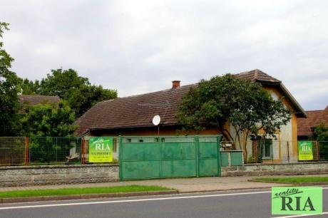 Senice 9km od Poděbrad - RD 3+1, stodola,celková plocha 1.723m2 - hezké místo
