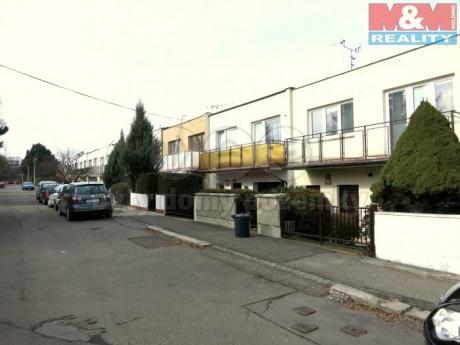 Prodej, rodinný dům 5+1, 180 m2, Praha 4