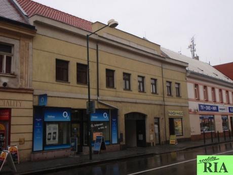 Kanceláře náměstí Přemyslovců v centru města Nymburk - 39 m2 a 83 m2