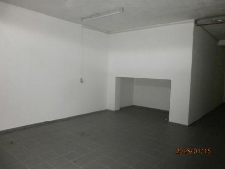 Skladovací prostory, 45 m2, ul. Jana Růžičky, Praha 4