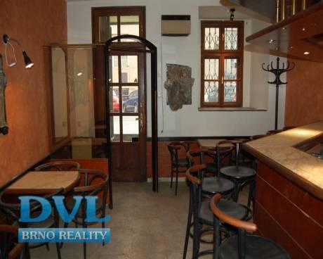Komerční prostory 200 m2 - Brno-střed. Lze vinárna, vinotéka, malá restaurace.