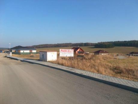 Exkluzivně, prodej st. pozemků Na Včelníku u Mníšku pod Brdy!