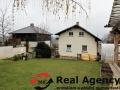 Exkluzivní nabídka tří patrového rodinného domu 314 m², pozemek 760 m². - 3