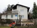 Exkluzivní nabídka tří patrového rodinného domu 314 m², pozemek 760 m². - 1