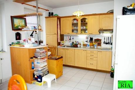 Poděbrady-Velké Zboží cihl. DV byt 1+kk 35m2, sklep, prakování, možnost převodu do OV léto 2016