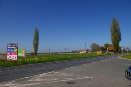 Písková Lhota u Poděbrad - pozemek o ploše 4.042m2 ke komerční výstavbě-zajímavá lokalita k podnikání