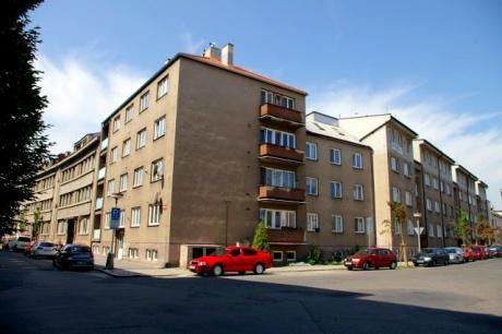 Poděbrady cihl. byt 3+1+L v OV 61m2-centrum 200m od lázeňské kolonády