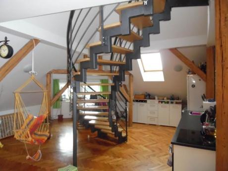 Pronájem podkrovního bytu 5+kk, 200 m2, Jablonec nad Nisou