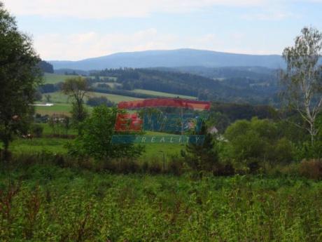 Pozemek určený k výstavbě rodinného domu s výhledem, Janovice u Sušice