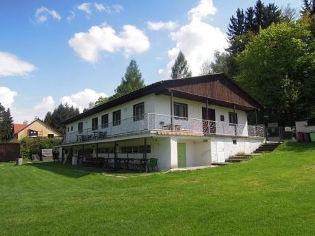 Prodej rekreačního areálu 2 400 m2, Hradištko