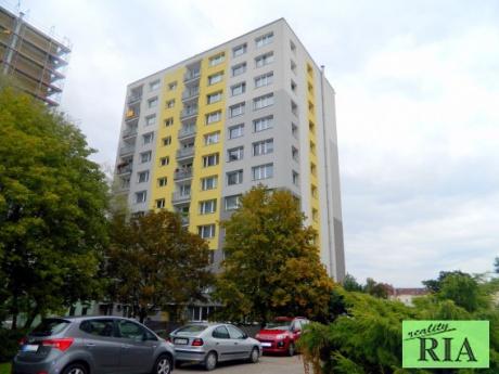 Poděbrady panel. byt 2+1 v OV 58m2-centrum 200m od lázeňské kolonády