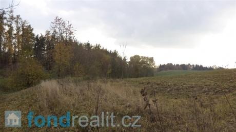 Prodej pozemků Svinišťany, Dolany