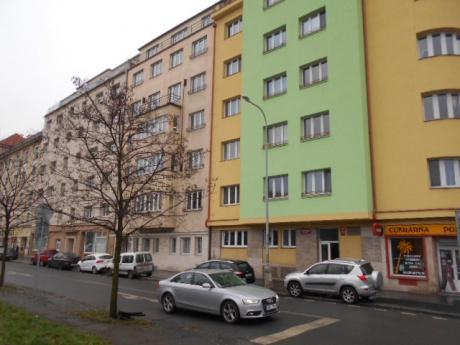 Nebytové prostory 25 m2 až 150 m2, nám. Dr. Václava Holého, Praha 8 - Libeň