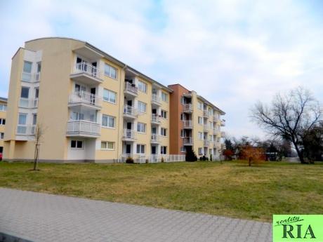 Poděbrady pronájem bytu 2+kk+L, 57m2-částečně zařízený volný od 1.2.2017