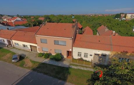 Sale, Houses, Family, 275m<sup>2</sup>