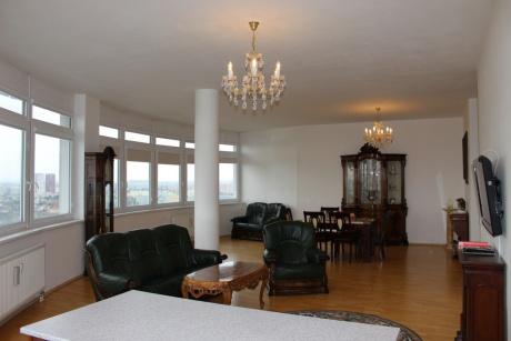 Pronájem bytu 4+kk, 177 m²