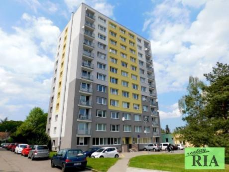 Poděbrady panel. byt 2+1 v OV 57m2- v centru města, po rekonstrukci!