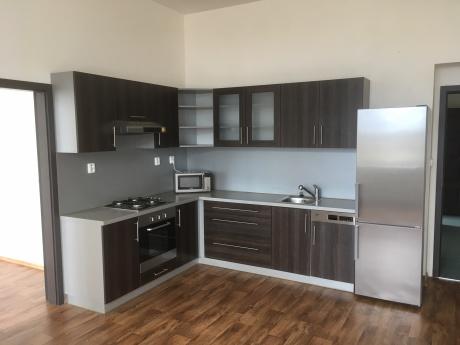 Vermietung, Wohnungen, 3+Küchenecke, 85m<sup>2</sup>