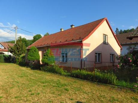 Prodej rodinného domu se zahradou a stodolou v Anníně, Šumava