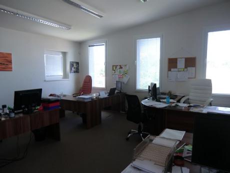 Kanceláře Popůvky