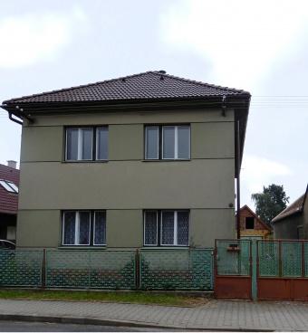 Prodej dvougeneračního RD, pozemek 471 m2, GARÁŽ, Lukavice - Chrudim