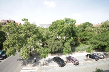Prodej bytu 2+1, 75m2, Praha 2 - Vinohrady, Šrobárova ul.