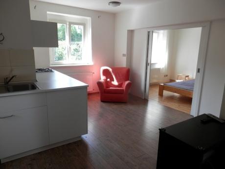 Pronájem 2x bytů 2+1, 60 m2, ul. Pod stanicí, Praha 10 - Hostivař