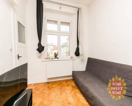 Atraktivní nabídka, hezký byt 1+1 k prodeji (49 m2), vyhledávaná lokalita Praha 7 - Holešovice, ulic
