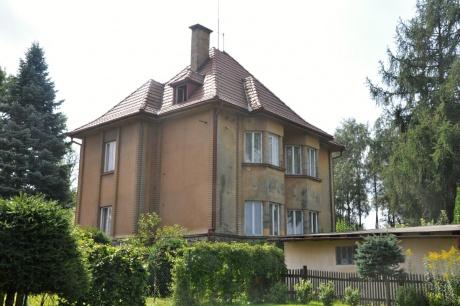 Prodej prvorepublikové vily 6+1 v Kamenickém Šenově postavené známou firmou Elias Palme