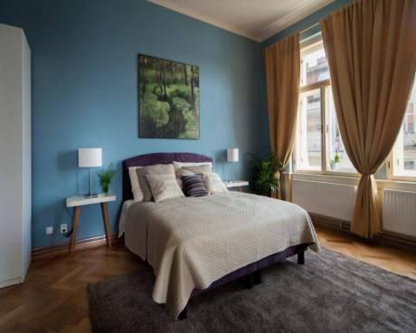 Praha, nádherný zařízený byt k pronájmu 2+1 (89m2), ulice Masarykovo nábřeží, lukrativní lokalita