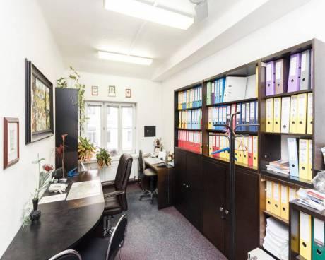 Praha, nezařízené kancelářské prostory, ulice U Průhonu, 16,64m2