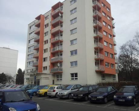 Pronájem nadstandardního bytu 1+1, 65m2, novostavba, balkon, Pardubice - Polabiny