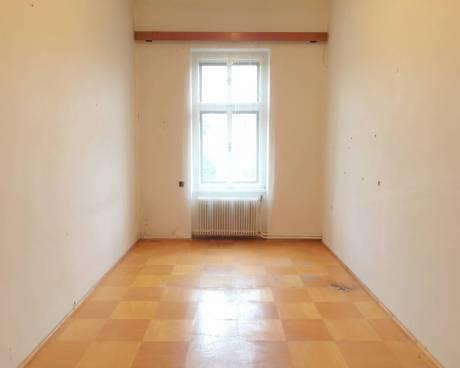 Byt 2+KK, 60 m2, OV, Chrudim