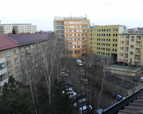 byt 3+1 v půdní vestavbě v Hradci Králové