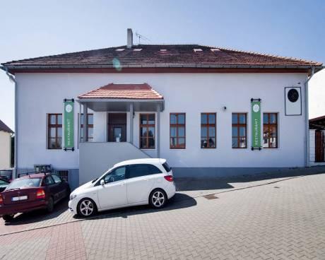 Prodej restaurace, Praha 4 - Újezd u Průhonic
