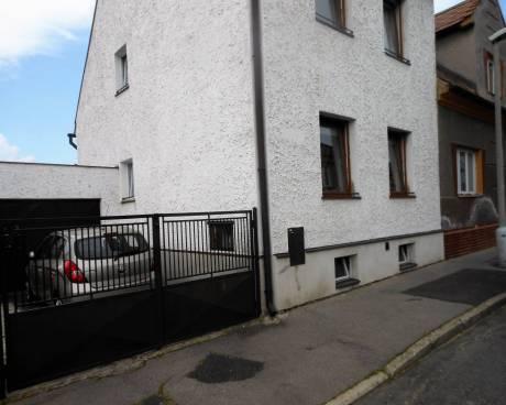 Prodej domu 4+1,na Domovině,Hraničářská,Chomutov
