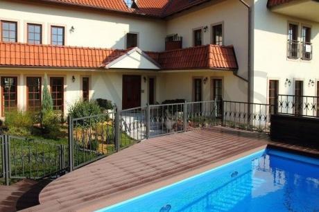 Pronájem luxusního bytu 3+kk, 111 m2 v novostavbě s bazénem Praha 6 - Troja
