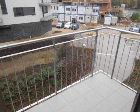 Nový byt 1+kk, 27 m2 + balkon 3 m2, ul. Zakšínská, Praha 9 - Prosek