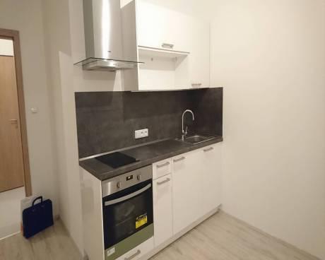 Nový byt 1+kk, 30 m2 + balkon 5 m2, ul. Zakšínská, Praha 9 - Prosek