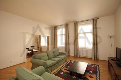 Byt 3+1 (104 m2), u Karlova náměstí, Praha 2 - Nové Město, Odborů