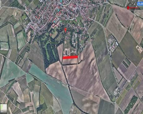 Pozemek k výstavbě rodinných domů, celková výměra 8.222 m2
