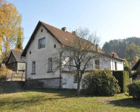 Prodej podsklepeného RD 5+1 včetně garáže a stodůlky s pozemkem o celkové ploše 3480 m2