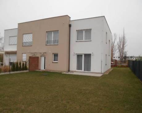 Nový rodinný dům 4+kk/G, zahrada, Praha 9 - Letňany, ul. Škarvadova