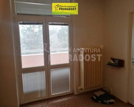 Pronájem bytu 1+1 31 m2 s balkonem v Brně - Lesné, byt 1+1 31 m2 balkon Brno - Lesná