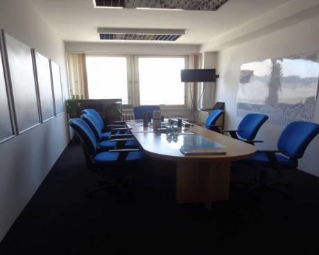 Pronájem kanceláří Brno Hájecká, 267 m2 celé patro, lze delit + možnost skladu 50 m2
