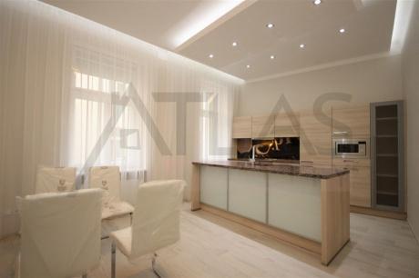 Pronájem luxusního bytu 4+1, 140 m2, Štupartská ulice, Praha1 - Staré Město