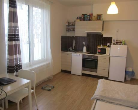 Byt 1+kk s balkonem, 32 m2, ul. Svitákova, Praha 5 - Stodůlky
