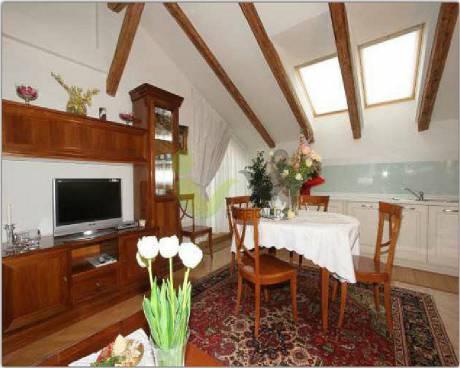 3-bedroom (4+kk) - Apartment for Rent in Prague